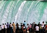 Canada - Ontario: Niagara Falls Tour from Toronto with Boat, Journey Behind the Falls and Lunch