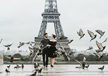30 Minute Private Vacation Photography Session with Local Photographer in Paris