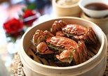 Yangcheng Lake Hairy Crab Gourmet Tour with Zhouzhuang or Tongli Visit from Shanghai