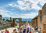 Pompeii Small Group tour w/an Archaeologist/Skip the line