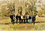 pay your respect at the bonaventure cemetery