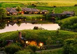 Hobbiton and Waitomo Caves Small Group Tour from Auckland (Return Trip)