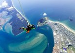 things to do in tauranga | try the thrill of skydiving