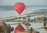 Luxor : Flying on Hot Air Balloon for Sunrise