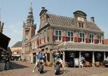 E-chopper E-bike rental tour incl coffee cake and cultural stop Volendam & Edam
