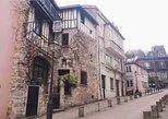 Private Historical 2-Hour Walking Tour of Montmartre & Sacré Coeur in Paris