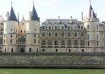 Private Ile de la Cité 2-Hour Walking Tour in Paris