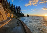 Canada - British Columbia: Sunset Seawall E-Bike Tour with Wine and Cheese