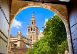 Monuments of Seville: Cathedral, Alcazar and Giralda with Tickets