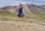 Caminhada das montanhas do arco-íris de Palccoyo. Cusco, PERU