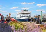 Boston Harbor Islands: Round-Trip Ferry to Spectacle Island