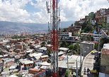 Comuna 13 tour (cable car + escalators)