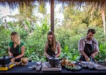 non touristy things to do in siem reap | take a cooking class on cambodian cuisine