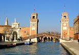 Small-Group Secret Corners of Venice Walking and Motorboat Tour