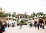 Skip the Line: Park Güell and La Sagrada Familia Tour in Barcelona