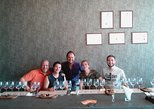 Vineyard Tour with 5 Wine Tasting & Pairing