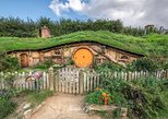 Early Bird Hobbiton Movie Set Tour from Auckland