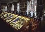 Skip the Line: The Pen Museum Admission Ticket