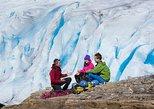 Glacier hiking for groups