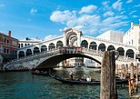 Strolling around Venetian Calli and Canals