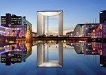Grande Arche de La Defense: self-guided tour to the business center of Paris