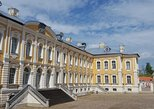 Vilnius to Riga Day Trip: The Hill of Crosses, Rundale Palace and Bauska Castle