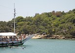 Búzios Full day: Boat and Trolley Tour with Lunch from Búzios