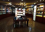 Guided Shopping Tour (Cigars and chocolate factory, souvenirs, rum, coffee)