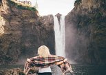 Woodinville Wine & Snoqualmie Falls: All-Inclusive Small-Group Tour from Seattle