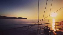 Private Luxury Sunset Sailing Cruise in the Athenian Riviera Tickets