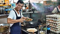 Small-Group Food Tour With Hawker Center: Eat Like A Local Tickets