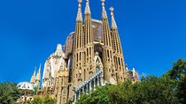 Fast Track Sagrada Familia with Towers Tickets