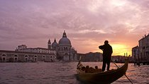 Venice Gondola Ride and Serenade with Dinner Tickets