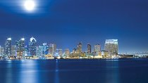 Viator Exclusive: San Diego Luxury Dinner Cruise with Window Seating and Champagne, San Diego,...