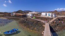 Half-Day Los Lobos Relax and Island Hop Sailing from Lanzarote without pick up, Lanzarote, Day...