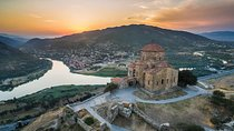 Excursión en grupo de Mtskheta / Jvari / Gori / Uplistsikhe a Tbilisi, Tiflis