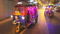 Bangkok bei Nacht: Tempel, Märkte und Essen per Tuktuk