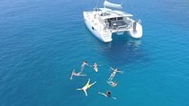 Athens Private Luxury Catamaran Cruise with Traditional Greek Meal and BBQ Tickets