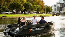 Melbourne: 2hr Skipper Yourself On Yarra River (No Licence Needed) Tickets