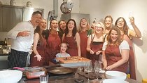 The Art of Making Pizza-Cooking Class in Unique Location with Italian Pizzachef Tickets