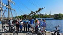 Stockholm at a Glance Bike Tour Tickets