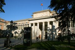 Imagen Madrid Sightseeing City Bus Tour with Optional Skip-the-Line Art Museums