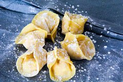 Craft-Your-Own: Hands-on Pasta Making in Florence with Market Tour