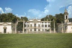 Villa Mosconi Bertani Winery and Estate Tour in Verona