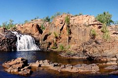 Imagen 2-Day Tour from Alice Springs to Darwin Including Mataranka Hot Springs, Devils Marbels and Edith Falls
