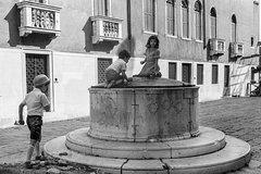 Private Treasure Hunt for Families in Venice