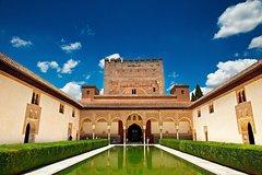 Imagen Recorrido turístico para grupos pequeños por la La Alhambra y el Generalife en Granada