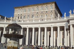 Half-Day Small-Group Tour: Vatican Museums, St. Peters Basilica and Sistine
