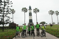 Imagen Private Lima Highlights Bike Tour with Miraflores