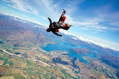 Imagen 9000ft Tandem Skydive in Wanaka